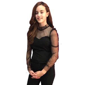 Blusa negra mangas transparencias