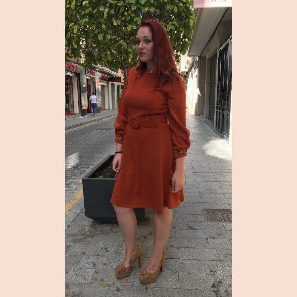 vestido-marron-manga-larga