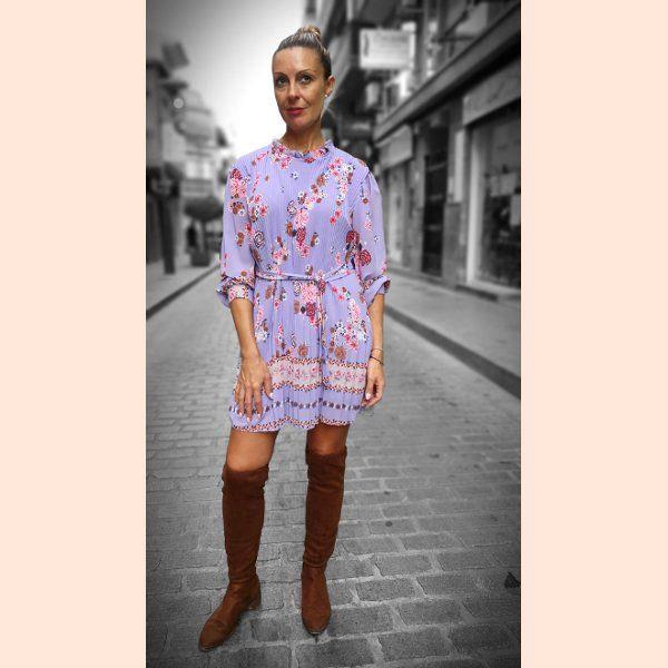 vestido-corto-plisado-de-flores