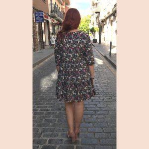 vestido-de-florecillas-color-negro