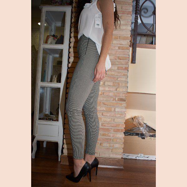 pantalón-legging-pata-de-gallo-lateral