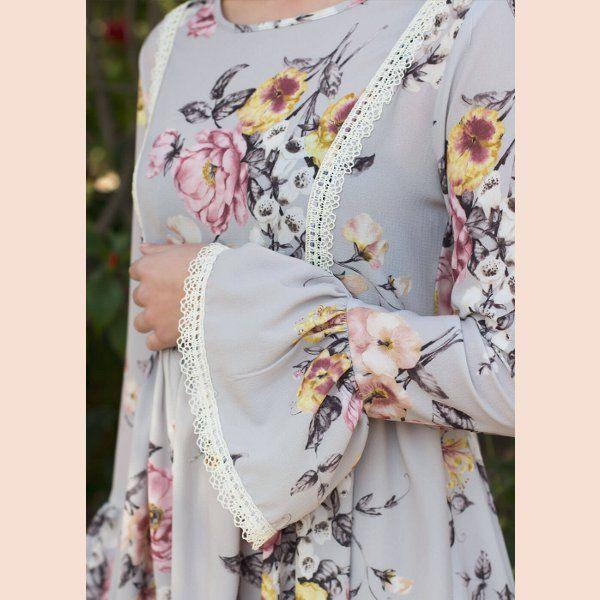 vestido-flores-gris-trasera