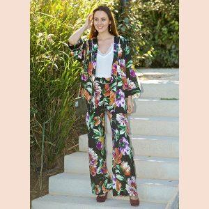 pantalon-negro-estampado-floral