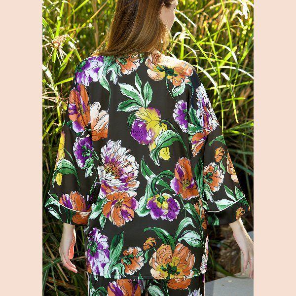 kimono-negro-trasera-detalle
