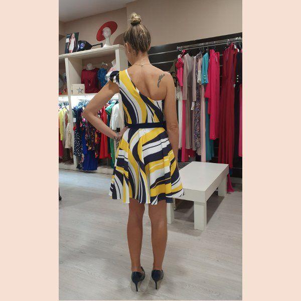 vestido-de-coctel-estampado-ondas-trasera