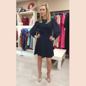 vestido-evase-azul-marino