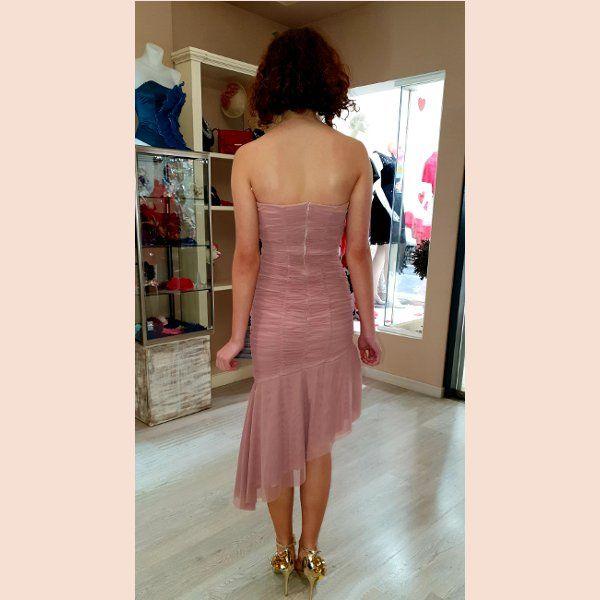 vestido-corto-plisado-tul-asimetrico-trasera
