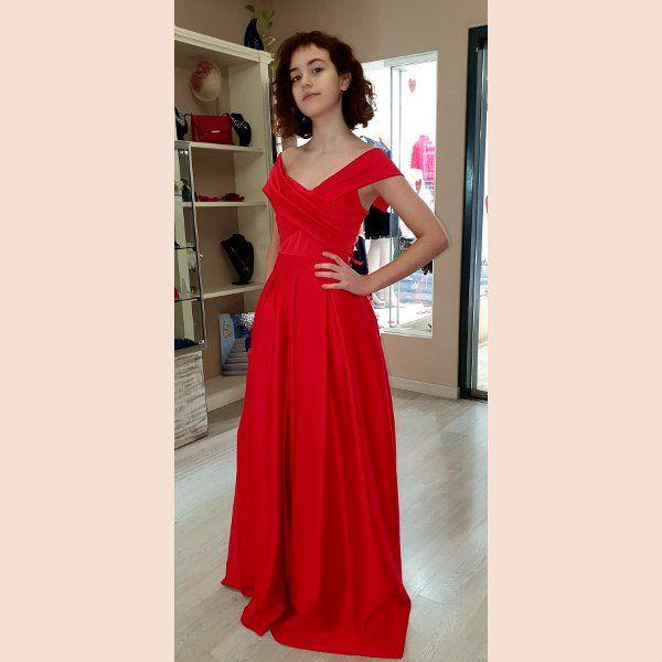 vestido-de-fiesta-largo-rojo-con-pecho-cruzado